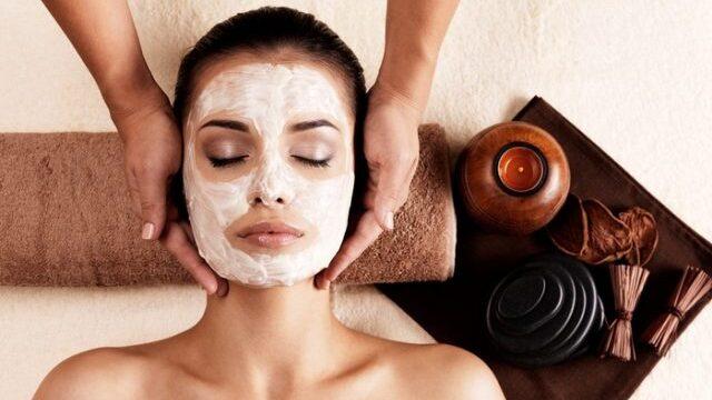 フェイシャルマッサージ / Facial Massage