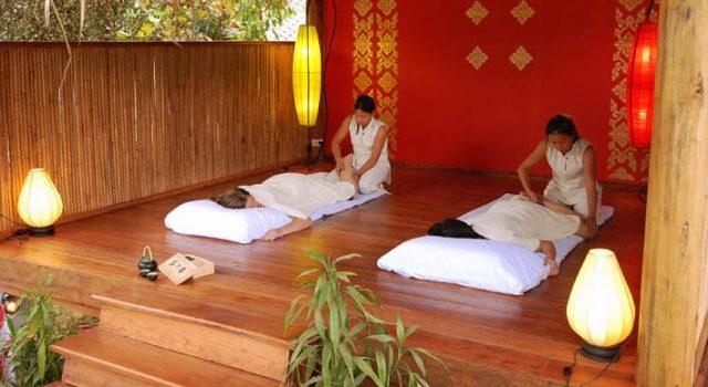 ラオスマッサージ / Laos Massage