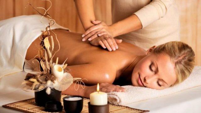 アロマセラピーマッサージ / Aromatherapy Massage