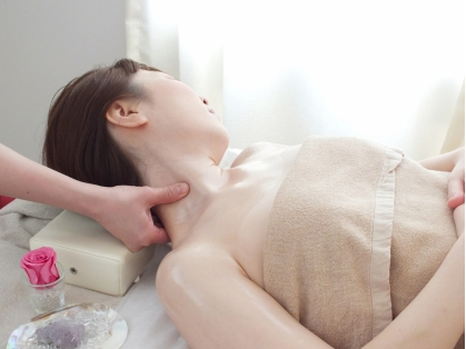 Total Body Therapy Mana Rosa(マナローザ)札幌大通り