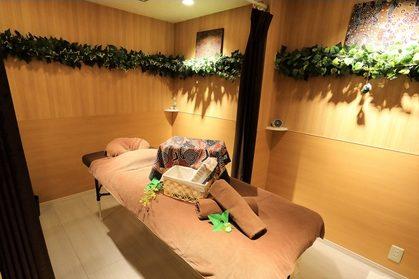 ディープティシューマッサージサロン MiYaBi Natural Therapy 鶴見店